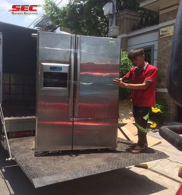 thuê xe chuyển tủ lạnh